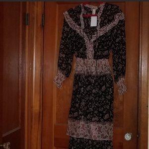 H&M Floral Ruffle Long Sleeve Dress